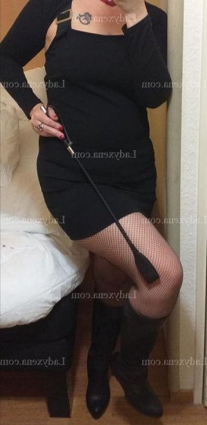 Jeanine massage tantrique